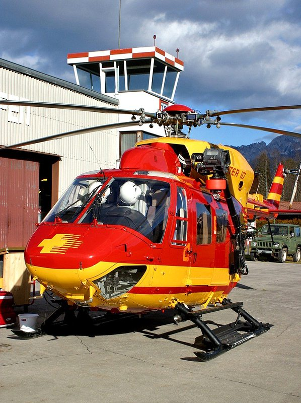 bk 117 helicopter with Bilder on Bk117 further 2 further Download as well Eurocopter BO 105 besides Westbound Hwy 1 Near Banff Reopened After Vehicle Rollover 1.
